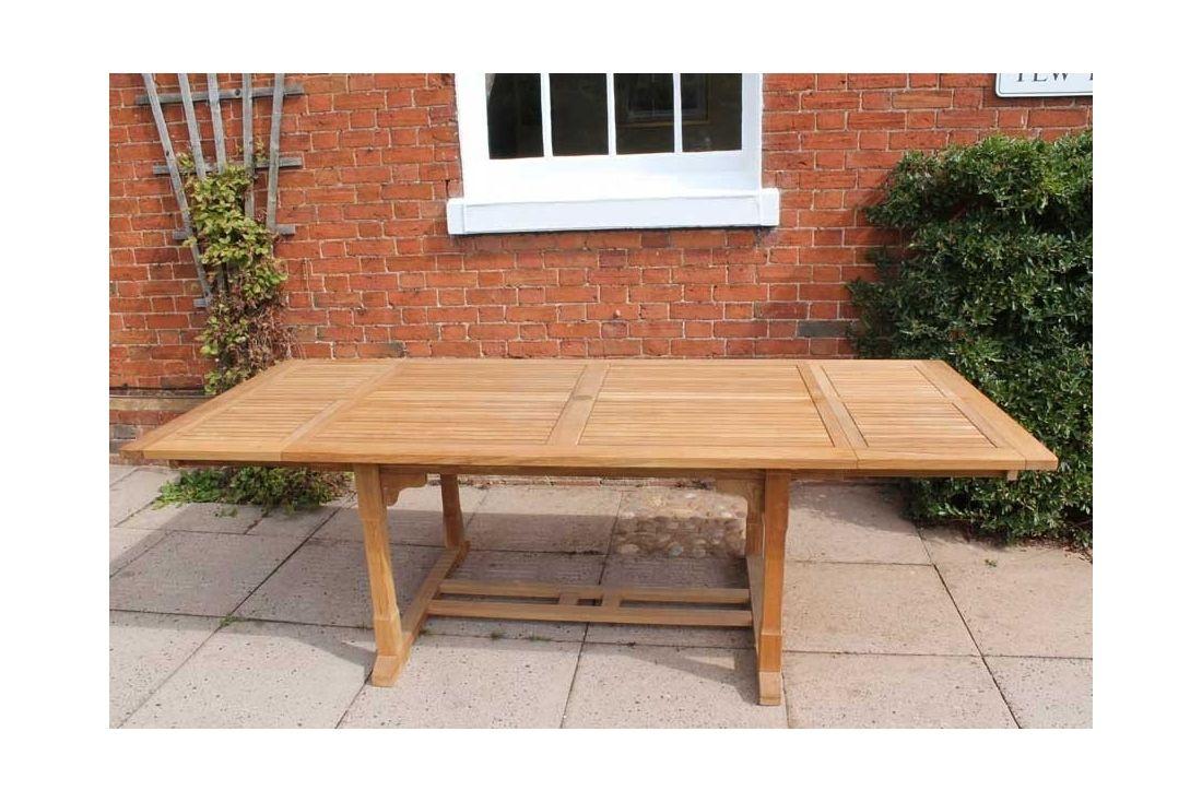 Chelsea Extending Table 1.6m - 2.6m