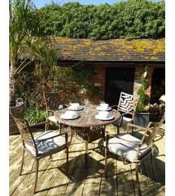 Leaf 4 seater round table & chairs &#39Set&#39
