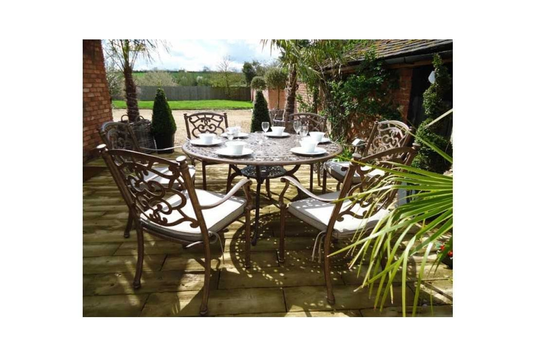 Casino 6 seater round table & chairs Set