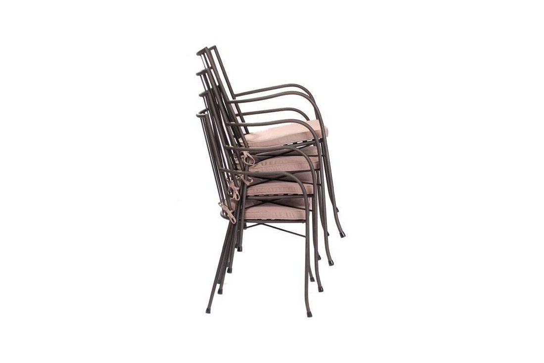 Speckled Hen Round 4 Chair Dining Set
