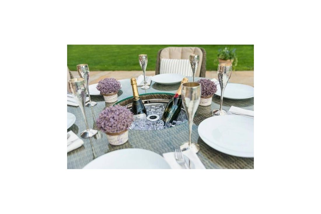 Winchester Venice 8 Seat Round Dining Set