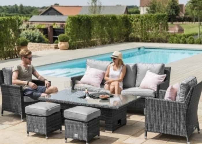 What is the benefit of buying cheap rattan garden furniture wholesale?