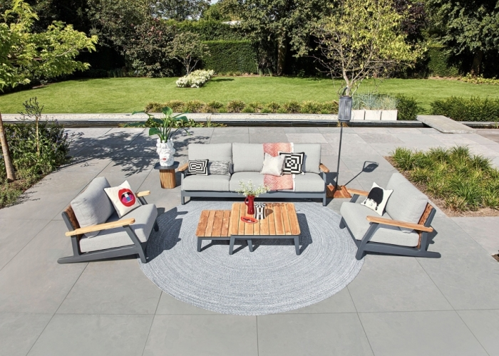 Build a garden where you love to spend your time: the importance of Garden Furniture